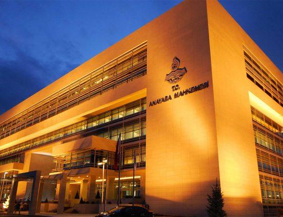Kamulaştırmasız El Atma Tazminat Bedellerinin Mahkeme Kararı Kesinleşmeden İcraya Koyulabilmesine İlişkin AYM Kararı